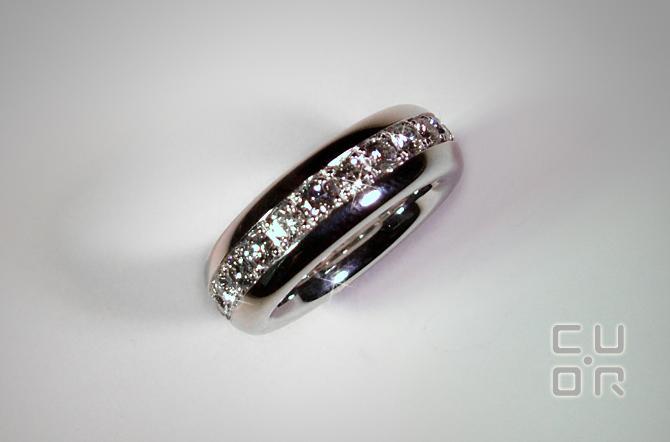 Alliance Ring Weissgold mit 1.93 ct Brillanten.  Preis auf Anfrage