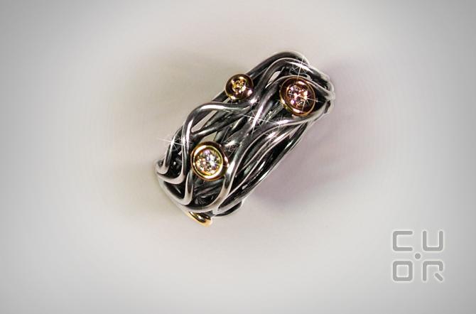 Ring Silber mit Gold und 7 Brillanten 0.40 ct. Verkauft.