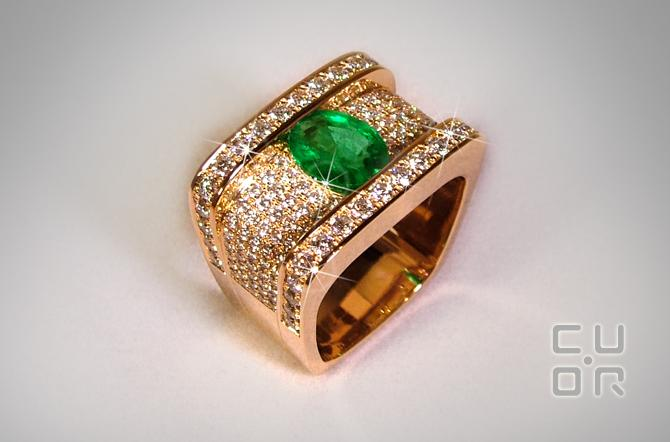 Ring Gelbgold mit Smaragd und Brillanten. Kundenauftrag