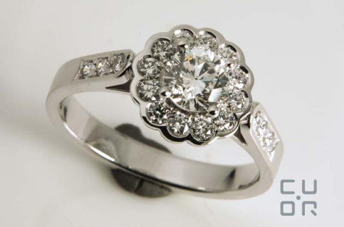 Verlobungsring Weissgold mit Brillanten. Kundenauftrag