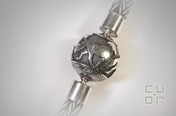 Wechselverschluss in Silber mit handgefertigter Kette.Verschluss mit verschiedenen Ketten kombinierbar. Kundenauftrag